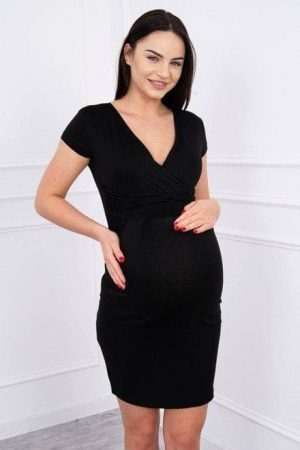 Nagyon csinos mell alatt szabott fekete ruha